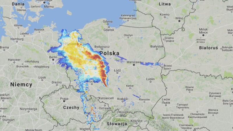 Opady nad Polską w piątek o godz. 21 (radar-opadow.pl/IMGW)