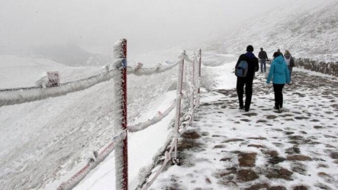 W górach znowu zima: -5 st. C na Kasprowym
